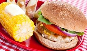 Hamburger, chiftele sau mititei de casa?