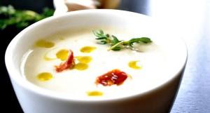 Supa crema de usturoi sau antibioticul minune